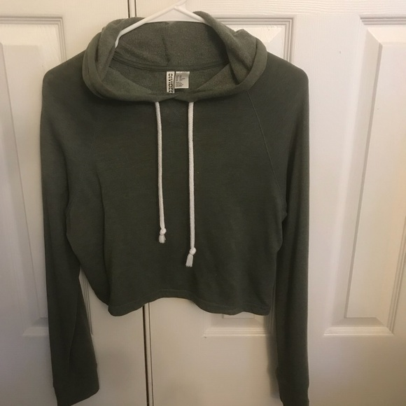 87f91c74f9dc2c H M Tops - Army green cropped hoodie (size xs)
